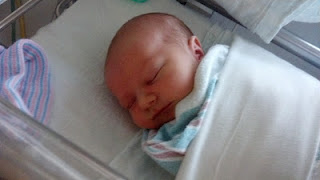 http://fishwithtrish.com/cms/data/upimages/new_born_baby_pic.jpg